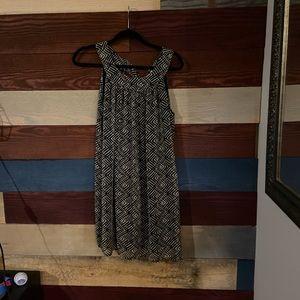 Gorgeous dress! Lg